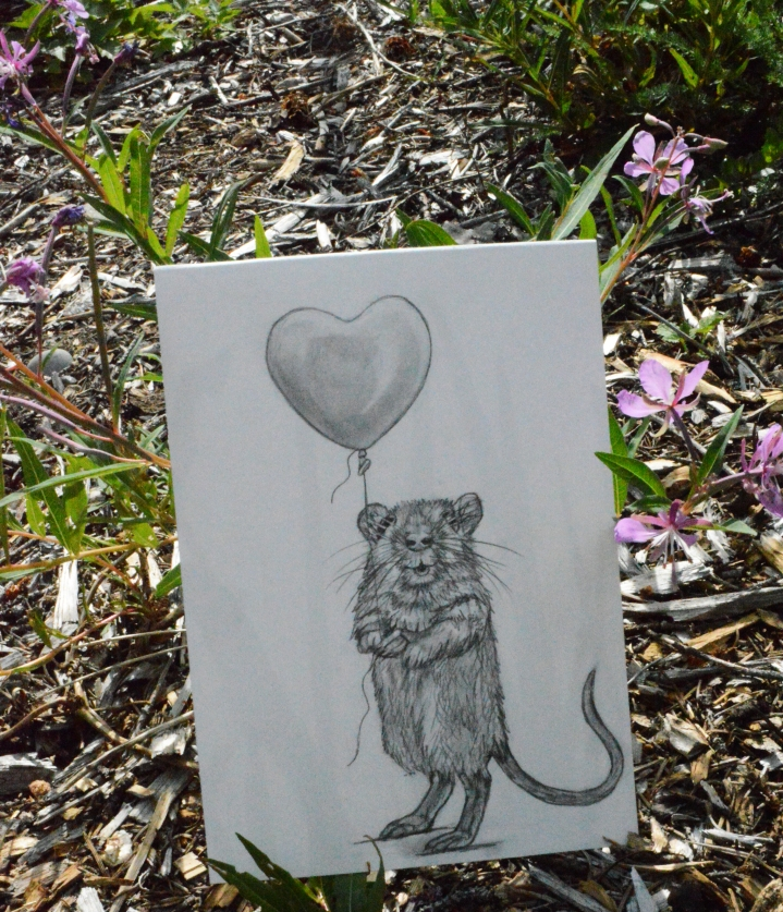 50-mouse-holding-balloon-prop